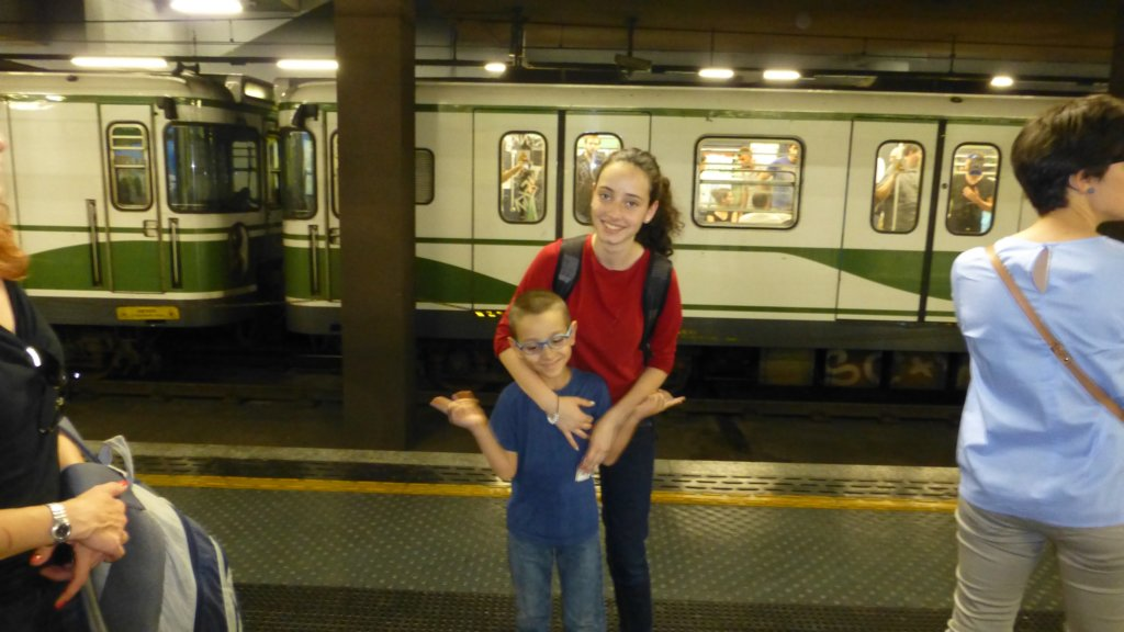 http://www.tonyco.net/pictures/Family_trip_2015/Milano/photo.jpg