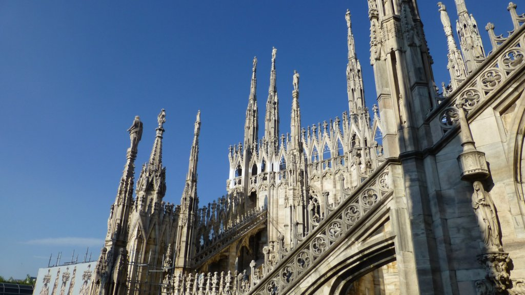 http://www.tonyco.net/pictures/Family_trip_2015/Milano/photo24.jpg